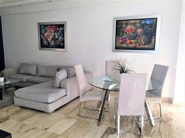 Apartamento Santo Domingo>Distrito Nacional>Piantini - Alquiler:1.600 Dolares - codigo: 18-1366