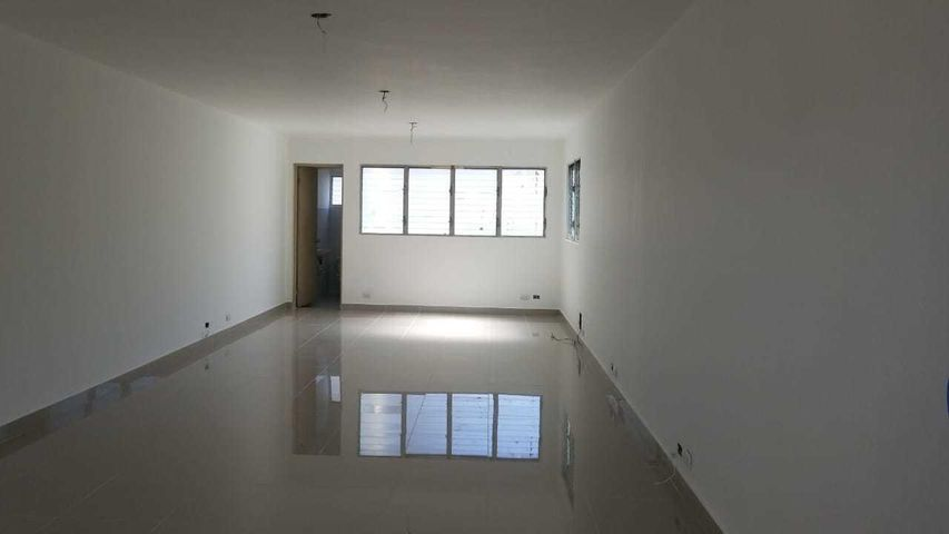Oficina Santo Domingo>Distrito Nacional>Evaristo Morales - Alquiler:914 Dolares - codigo: 18-858