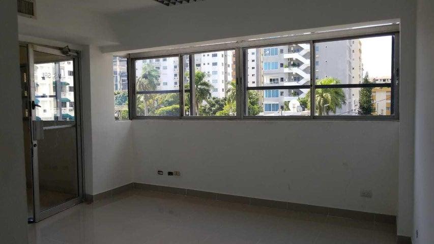 Oficina Santo Domingo>Distrito Nacional>Evaristo Morales - Alquiler:2.270 Dolares - codigo: 18-848