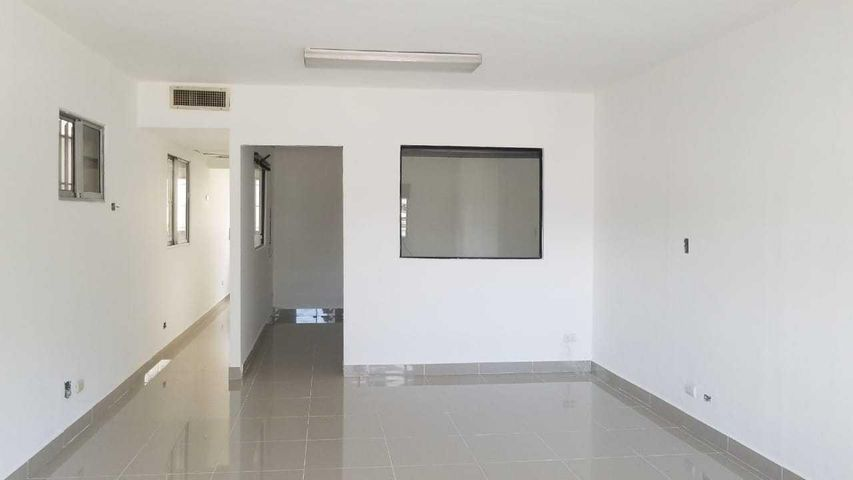 Oficina Santo Domingo>Distrito Nacional>Evaristo Morales - Alquiler:1.156 Dolares - codigo: 18-853