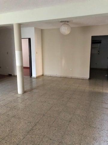 Local Comercial Santo Domingo>Distrito Nacional>Paraiso - Alquiler:2.500 Dolares - codigo: 18-1384