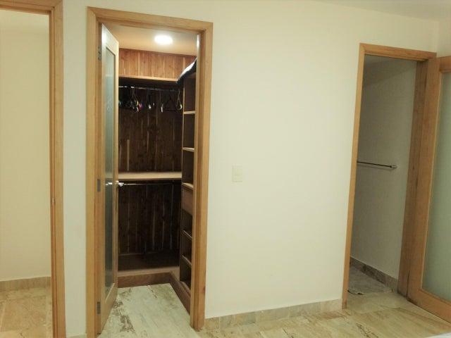Apartamento Santo Domingo>Distrito Nacional>Piantini - Venta:190.000 Dolares - codigo: 18-1435