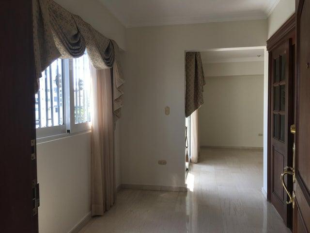Apartamento Santo Domingo>Distrito Nacional>Piantini - Venta:240.000 Dolares - codigo: 19-82