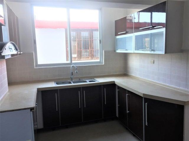 Apartamento Santo Domingo>Distrito Nacional>Bella Vista - Alquiler:900 Dolares - codigo: 19-83