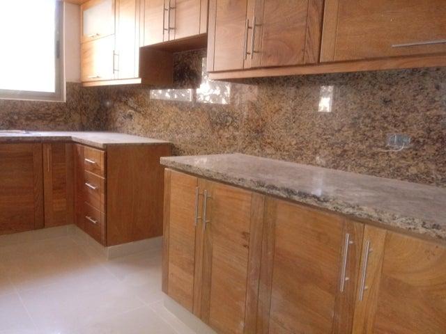 Apartamento Santo Domingo>Distrito Nacional>Evaristo Morales - Venta:174.418 Dolares - codigo: 17-285