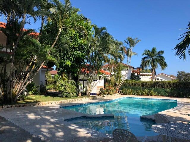 Casa San Pedro de Macoris>Juan Dolio>Juan Dolio - Alquiler:2.000 Dolares - codigo: 19-216