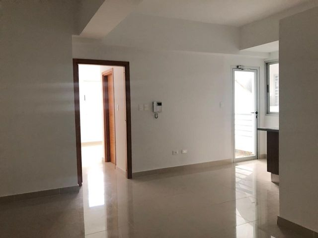 Apartamento Santo Domingo>Distrito Nacional>Evaristo Morales - Alquiler:750 Dolares - codigo: 19-240