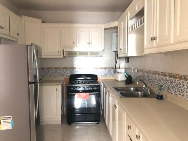 Apartamento Santo Domingo>Distrito Nacional>Evaristo Morales - Alquiler:1.900 Dolares - codigo: 19-241
