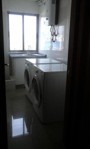 Apartamento Santo Domingo>Distrito Nacional>La Esperilla - Alquiler:1.300 Dolares - codigo: 19-246