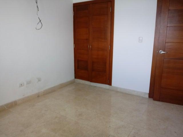 Apartamento Santo Domingo>Distrito Nacional>Los Cacicazgos - Alquiler:1.650 Dolares - codigo: 19-248