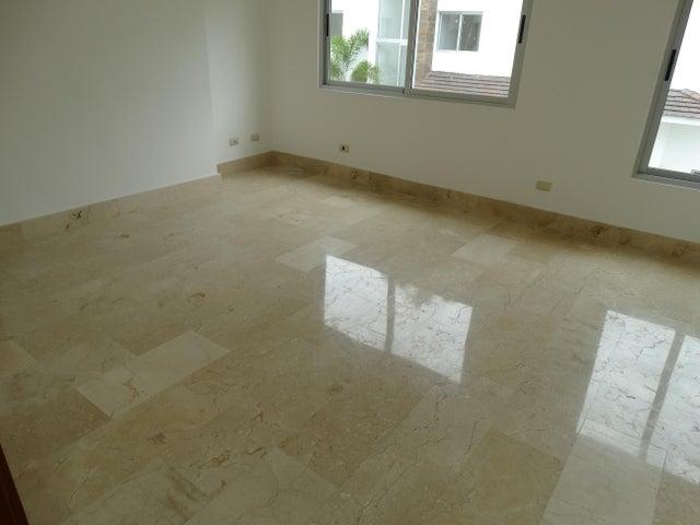 Casa Santo Domingo>Distrito Nacional>Cuesta Hermosa II - Venta:460.000 Dolares - codigo: 19-284