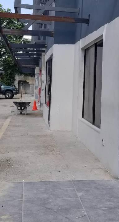 Local Comercial Santo Domingo>Distrito Nacional>Evaristo Morales - Alquiler:2.900 Dolares - codigo: 18-844