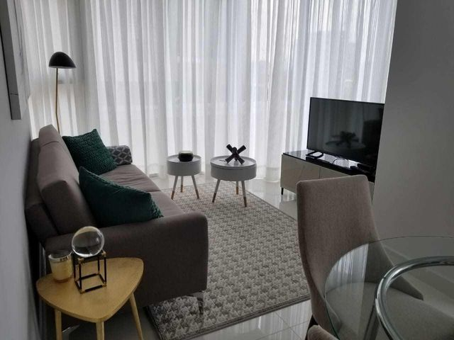 Apartamento Santo Domingo>Distrito Nacional>Piantini - Alquiler:1.300 Dolares - codigo: 19-291