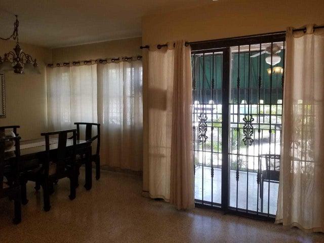 Apartamento Santo Domingo>Distrito Nacional>Naco - Alquiler:800 Dolares - codigo: 19-173