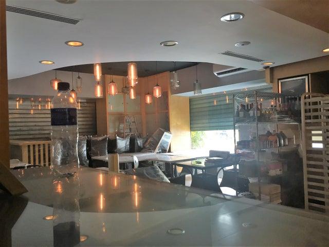 Local Comercial Santo Domingo>Distrito Nacional>Las Praderas - Venta:990.000 Dolares - codigo: 19-331