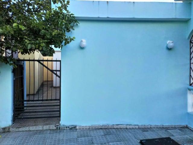 Casa Santo Domingo>Distrito Nacional>Villa Mella - Venta:4.500.000 Pesos - codigo: 19-375