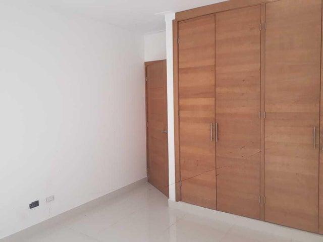 Apartamento Santo Domingo>Distrito Nacional>Bella Vista - Venta:197.000 Dolares - codigo: 19-433