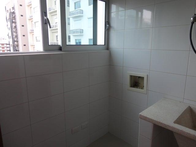 Apartamento Santo Domingo>Distrito Nacional>Piantini - Alquiler:2.600 Dolares - codigo: 19-505
