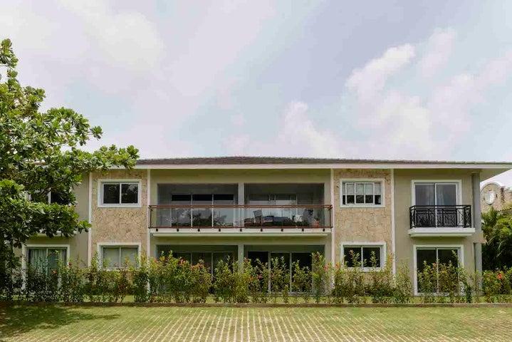 Apartamento La Altagracia>Punta Cana>Bavaro - Venta:205.000 Dolares - codigo: 19-526