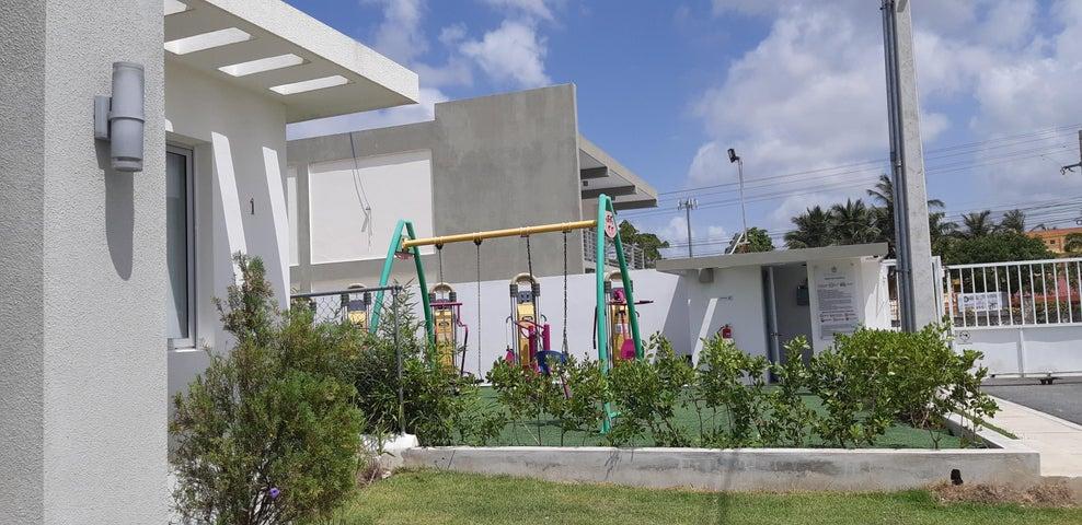 Casa La Altagracia>Punta Cana>Bavaro - Alquiler:1.000 Dolares - codigo: 19-528