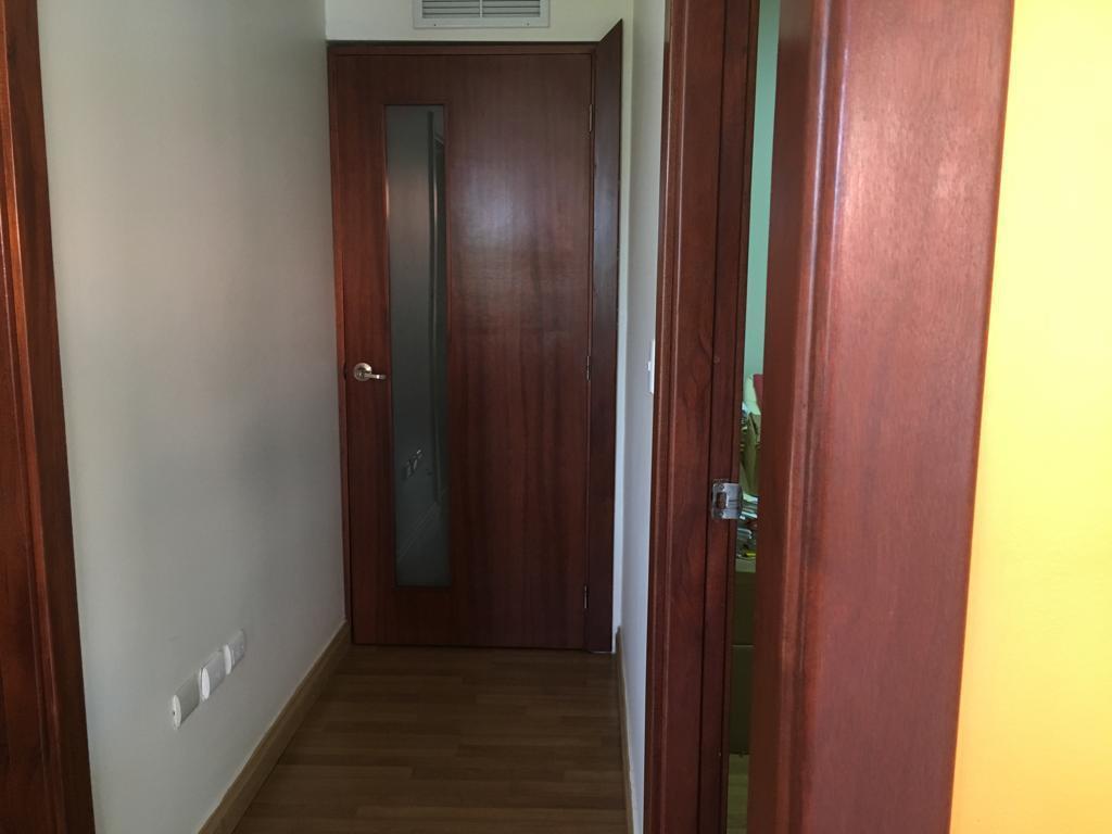 Local Comercial Santo Domingo>Distrito Nacional>Piantini - Alquiler:1.800 Dolares - codigo: 19-542