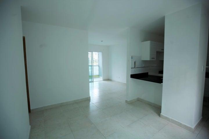 Apartamento Santo Domingo>Santo Domingo Norte>Colinas del Arroyo - Alquiler:14.000 Pesos - codigo: 19-544
