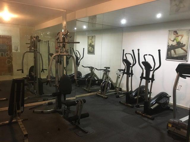 Apartamento Santo Domingo>Distrito Nacional>Bella Vista - Alquiler:2.500 Dolares - codigo: 19-562