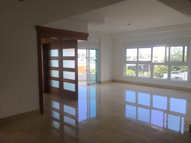 Apartamento Santo Domingo>Distrito Nacional>Bella Vista - Venta:340.000 Dolares - codigo: 19-565