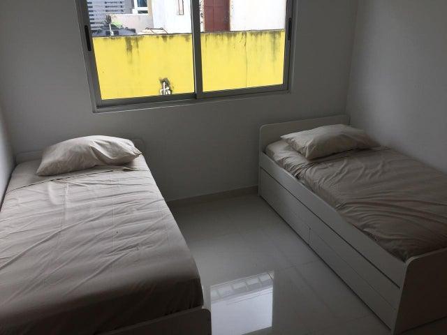 Apartamento Santo Domingo>Distrito Nacional>Bella Vista - Alquiler:1.000 Dolares - codigo: 19-577