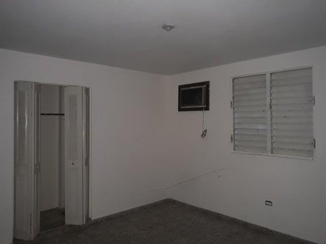 Apartamento Santo Domingo>Distrito Nacional>Miramar - Alquiler:22.000 Pesos - codigo: 19-636
