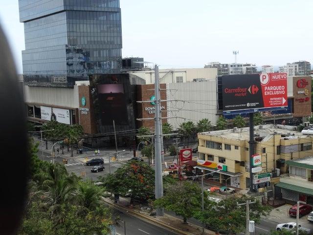 Apartamento Santo Domingo>Distrito Nacional>Mirador Norte - Alquiler:2.500 Dolares - codigo: 19-644