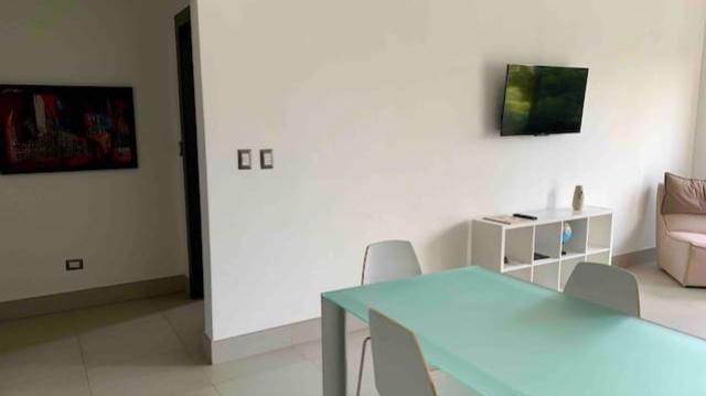 Apartamento Santo Domingo>Distrito Nacional>Piantini - Alquiler:1.400 Dolares - codigo: 19-668