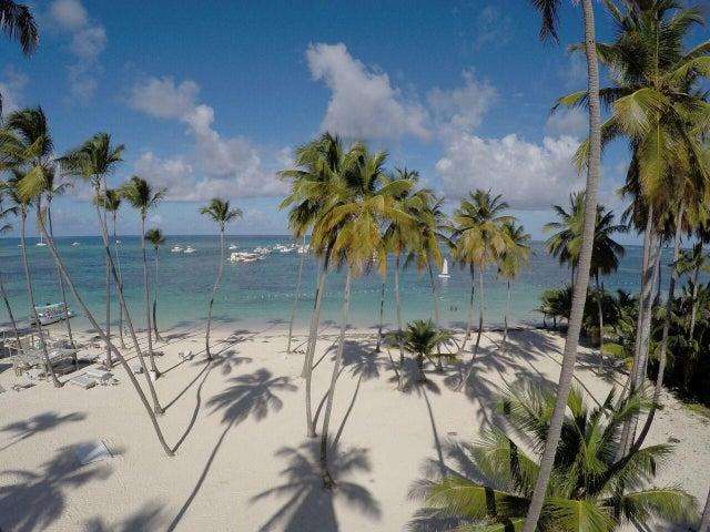Apartamento La Altagracia>Punta Cana>Bavaro - Venta:310.000 Dolares - codigo: 19-669