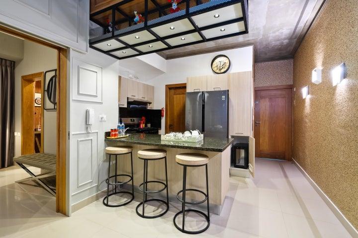 Apartamento Santo Domingo>Distrito Nacional>Julienta Morales - Alquiler:3.000 Dolares - codigo: 19-691
