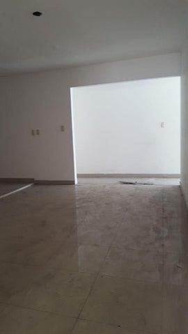 Edificio Santo Domingo>Distrito Nacional>La Julia - Venta:1.400.000 Dolares - codigo: 19-737