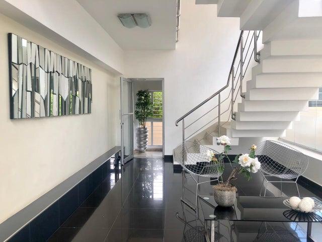 Apartamento Santo Domingo>Distrito Nacional>Paraiso - Alquiler:1.650 Dolares - codigo: 19-6