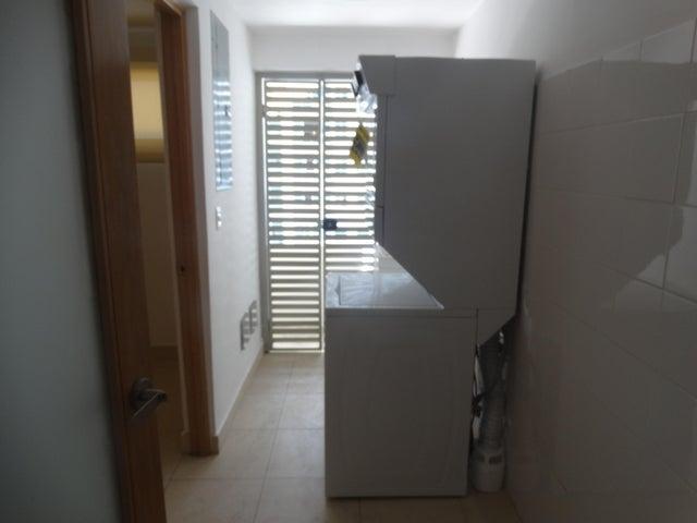 Apartamento Santo Domingo>Distrito Nacional>Piantini - Alquiler:1.400 Dolares - codigo: 19-811