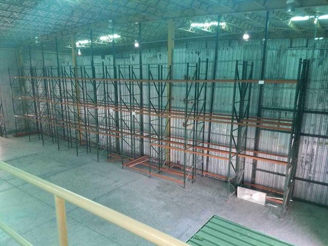 Galpon - Deposito San Cristobal>San Cristobal>Bajos de Haina - Alquiler:5.000 Dolares - codigo: 19-871