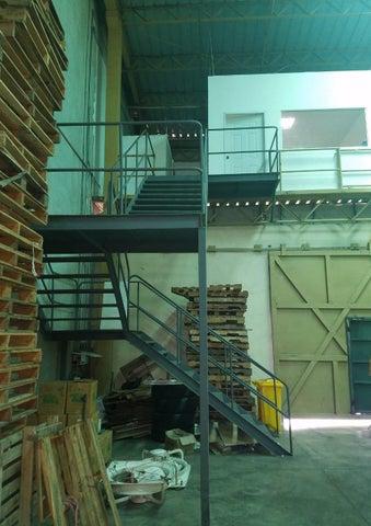 Galpon - Deposito San Cristobal>San Cristobal>Bajos de Haina - Alquiler:2.200 Dolares - codigo: 19-872