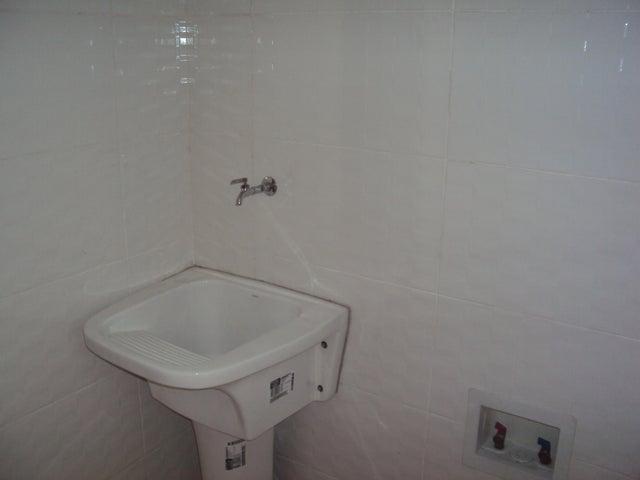 Apartamento Santo Domingo>Distrito Nacional>El Millon - Alquiler:700 Dolares - codigo: 19-908