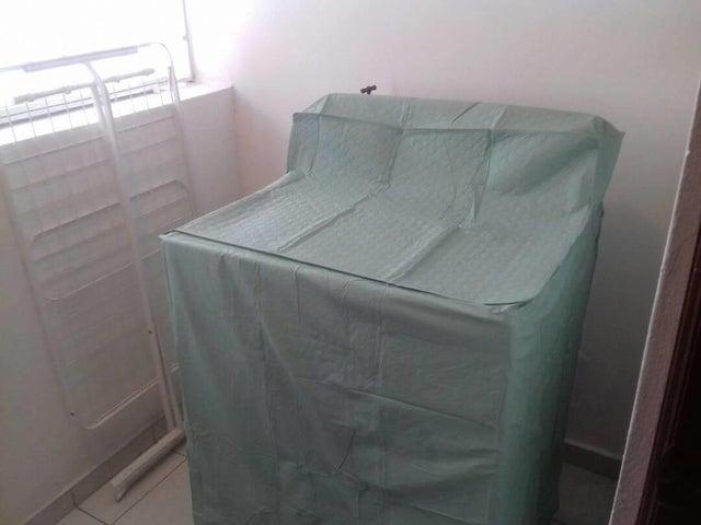 Apartamento Santo Domingo>Distrito Nacional>Arroyo Hondo - Alquiler:650 Dolares - codigo: 19-944