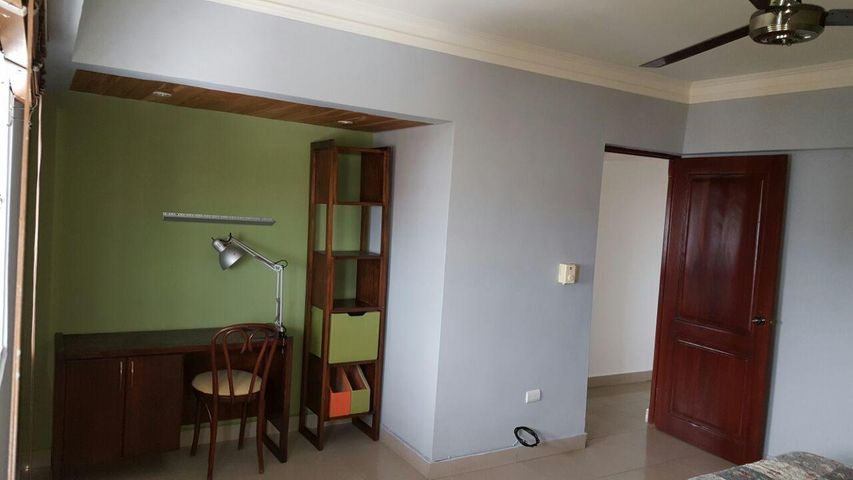 Apartamento Santo Domingo>Distrito Nacional>Evaristo Morales - Alquiler:1.150 Dolares - codigo: 19-947
