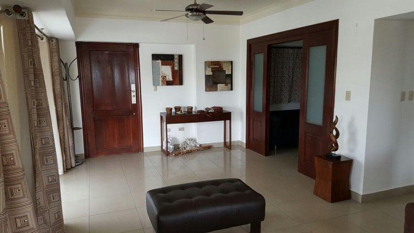 Apartamento Santo Domingo>Distrito Nacional>Evaristo Morales - Venta:155.000 Dolares - codigo: 19-950