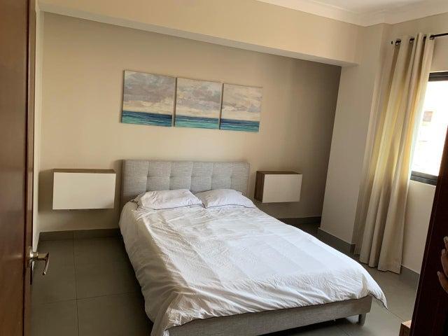 Apartamento Santo Domingo>Distrito Nacional>Serralles - Alquiler:1.000 Dolares - codigo: 19-973