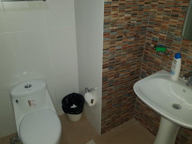 Apartamento Santo Domingo>Distrito Nacional>Zona Universitaria - Alquiler:900 Dolares - codigo: 19-1103