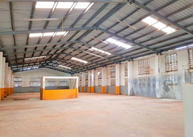 Industrial Santo Domingo>Santo Domingo Oeste>Av Las Palmas - Venta:37.500.000 Pesos - codigo: 18-1164