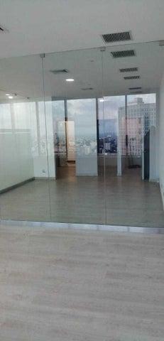 Oficina Santo Domingo>Distrito Nacional>Piantini - Alquiler:3.840 Dolares - codigo: 19-1322