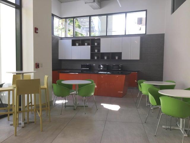 Oficina Santo Domingo>Distrito Nacional>Piantini - Alquiler:2.356 Dolares - codigo: 20-78