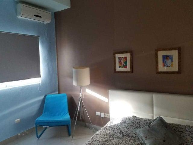 Apartamento Santo Domingo>Distrito Nacional>Evaristo Morales - Venta:110.000 Dolares - codigo: 20-100