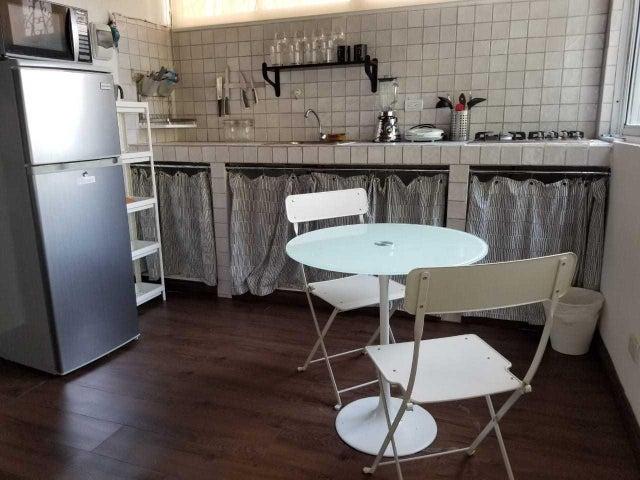 Apartamento Santo Domingo>Distrito Nacional>Piantini - Alquiler:695 Dolares - codigo: 20-194